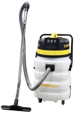 2400w-cromtech-vacuum-cleaner-handle